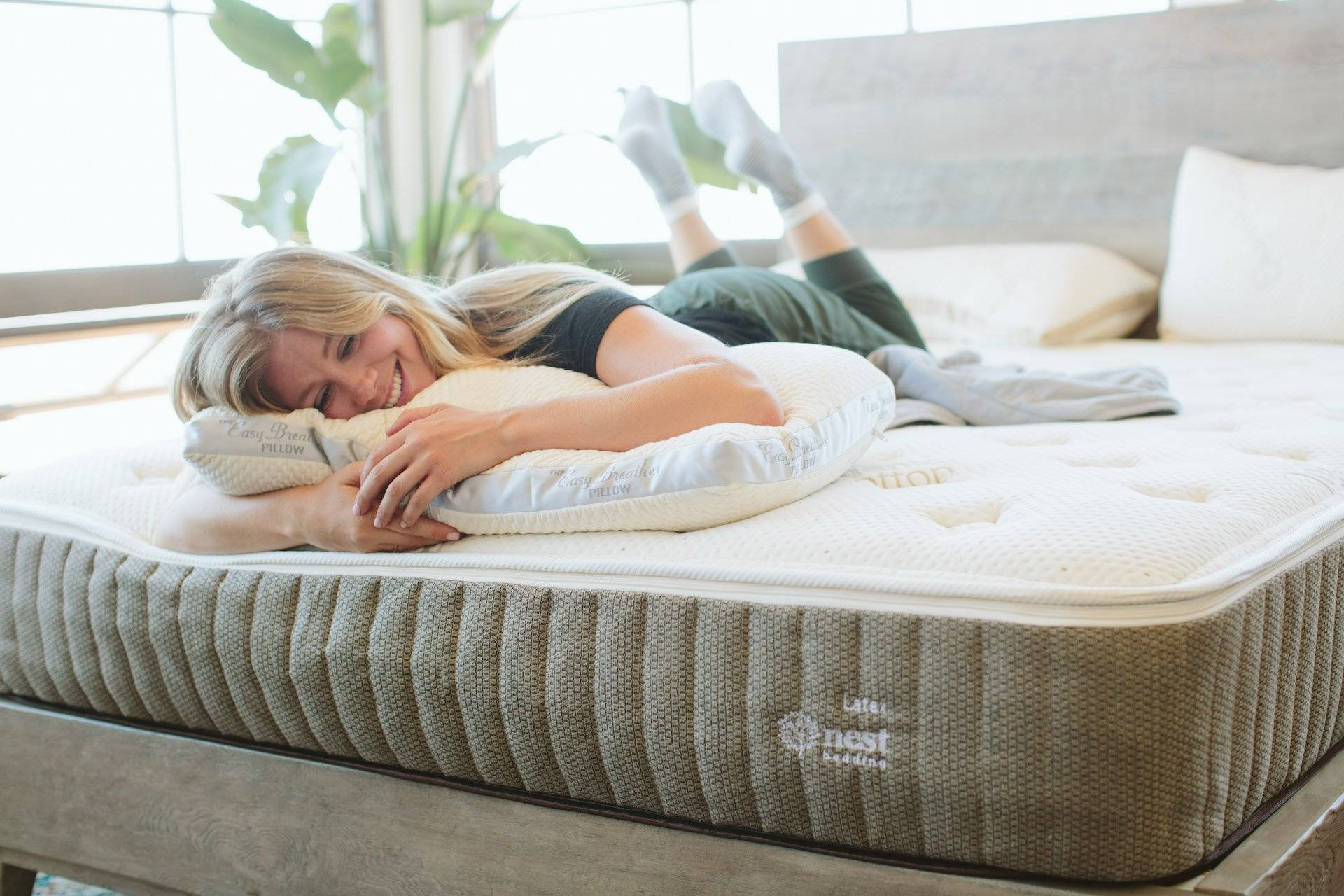 Nest Bedding – The Easy Breather Natural Pillow – Adjustable
